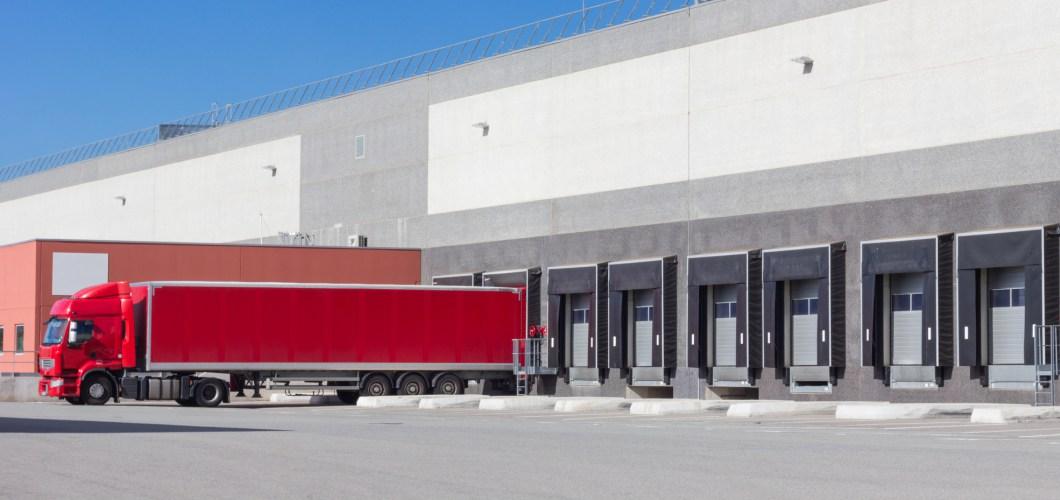 quais et portes industriels à vendre.