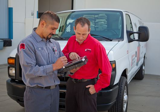 Fixed-price forklift maintenance programs for all makes and models