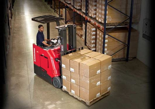 Raymond 4150 Stand Up Counterbalanced Truck Precise Maneuverability