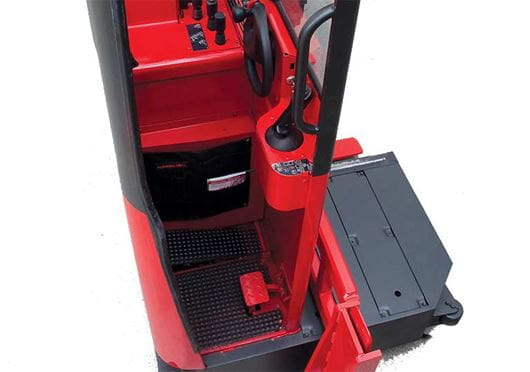 Raymond Sideloader Operator Compartment