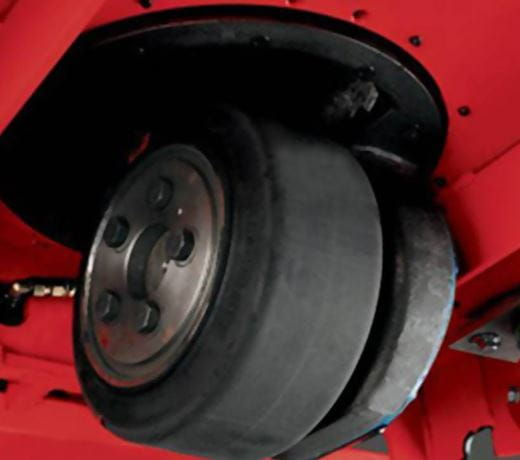 Raymond 8610 Tow Tractor drive tire access